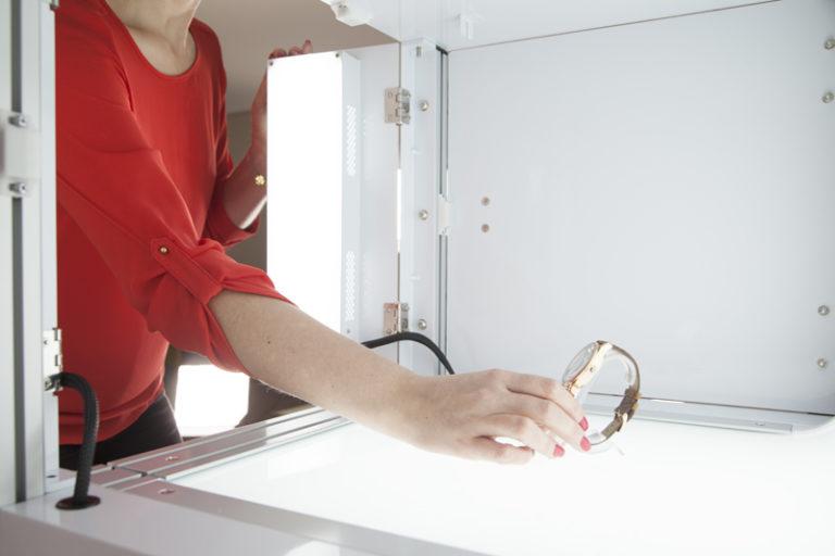 packshot mini lighting system and 4 LED lighting zones