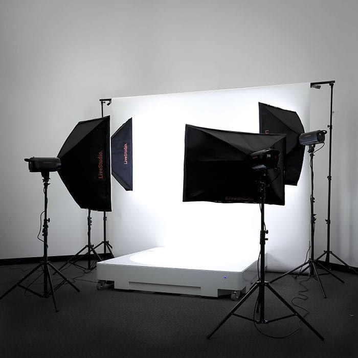 la plataforma giratoria 360 packshot con sistema de luces LED LiveStudio
