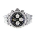 Fotografía de un reloj modelo flatlay.