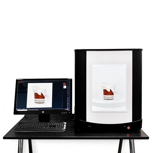 El estudio fotográfico PackshotStart360 cabe en el escritorio